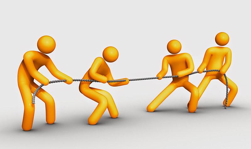 Cẩn thận cướp khách hàng từ các đối thủ cạnh tranh