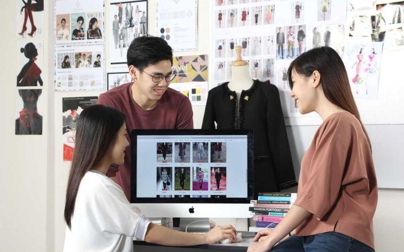 Kinh doanh quần áo online